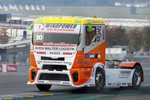 MAN racing semi truck european semi truck racing 2017