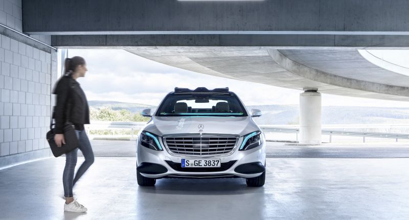 "Mercedes-Benz Cars, Technology, Daimler Global MediaSite, MediaSite, Brands & Products, Vehicles & Traffic, 11 - 2018, Events, Mercedes-Benz FutureInsight: ""Human first"": empathy as anchor in, Press Releases sorted by years, 2018"