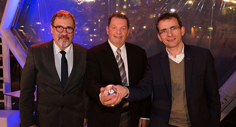 (v.l.) Diego Goldin, Executive Director NGV Global, Mike Gallagher, Chairman NGV Global Pierre Lahutte, Iveco Brand President, bei der NGV Global 2017